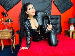LauraAndrade shows